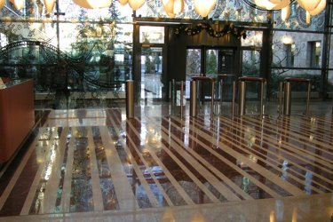 Polishing and restoration stone floor